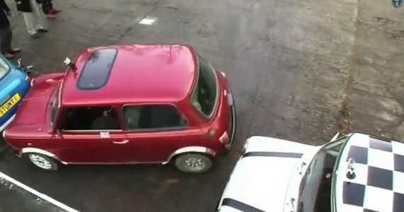 nejtěsnější parkování